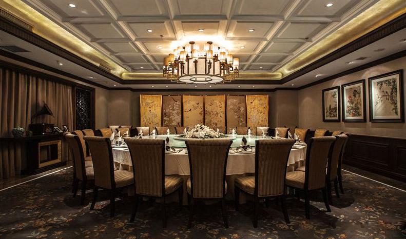 老上海饭店餐饮空间吊顶