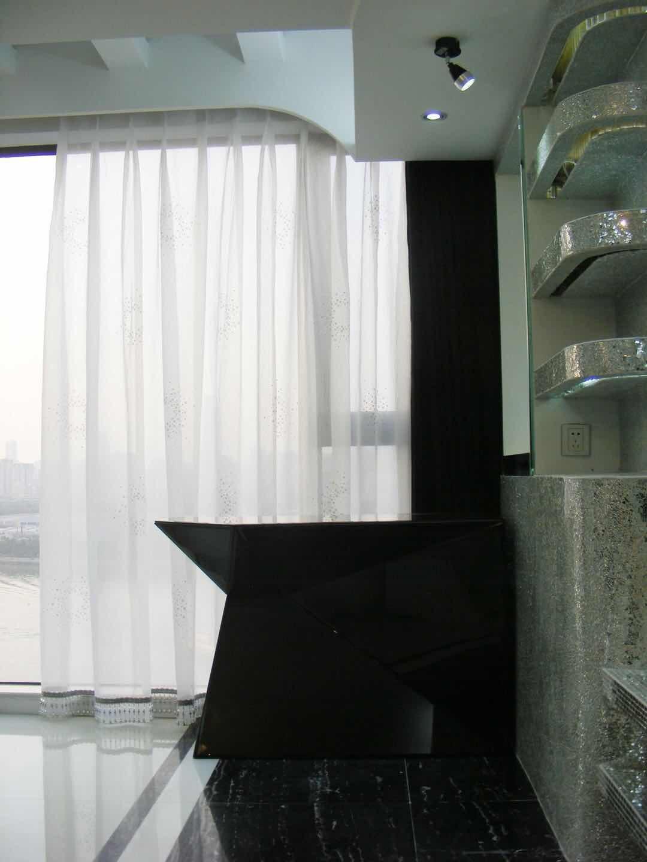 现代休闲区吊顶实景图