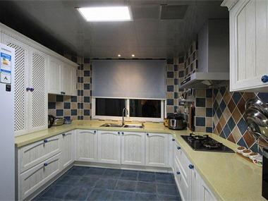 地中海风格婚房厨房