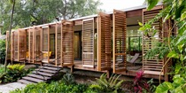 这对夫妻在迈阿密森林建了一栋都是百叶窗的房子